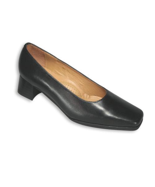 Alexandra women's court shoe